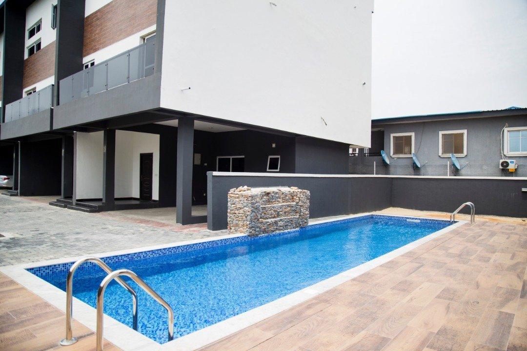 Graham Apartment 8