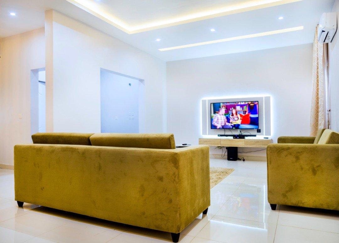 Graham Apartment 6