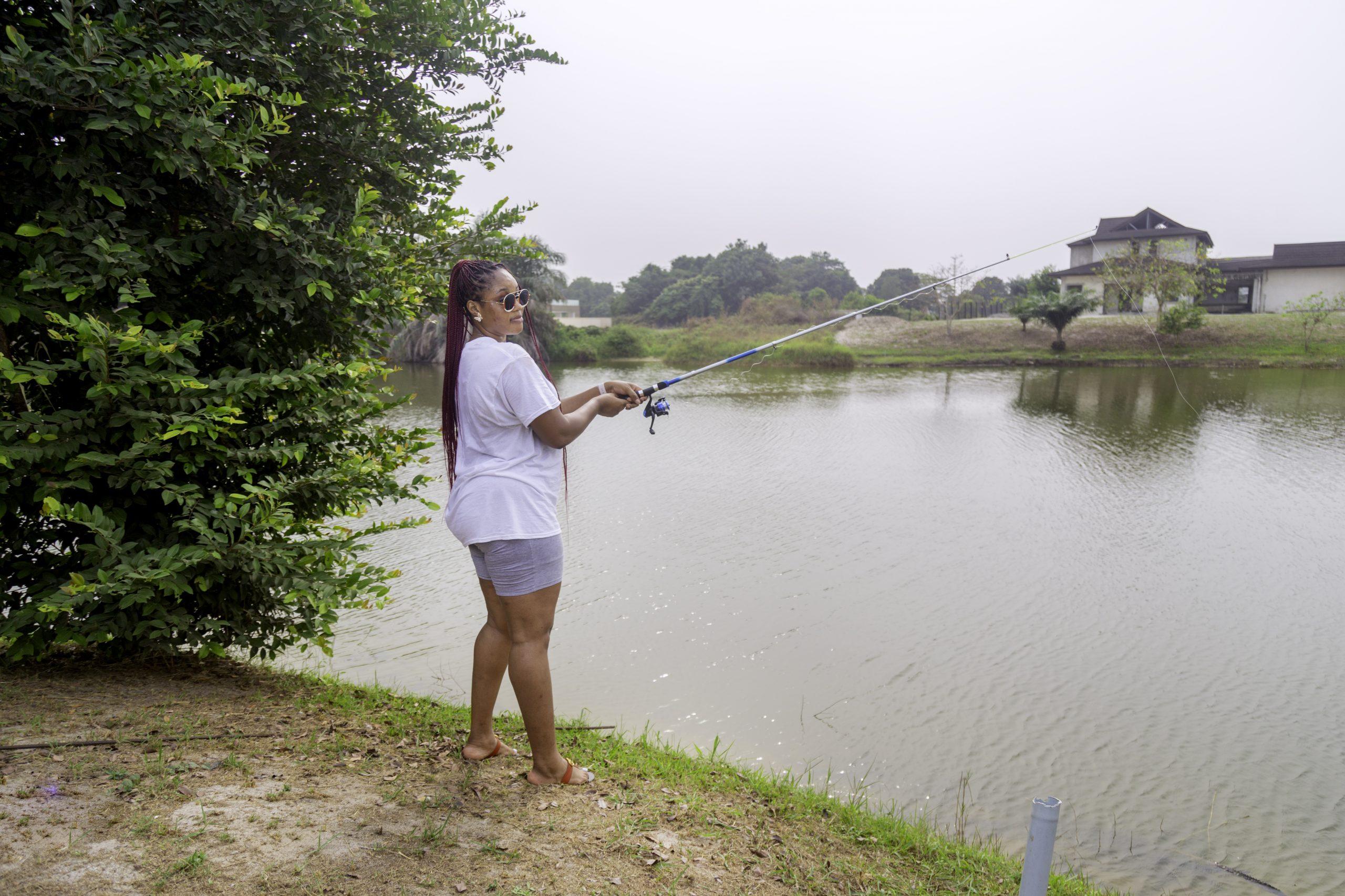 Fishing in Lakowe Lakes